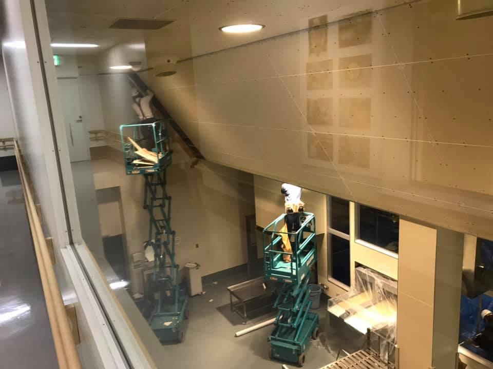企業クリエイティブセンター様の壁、天井補強